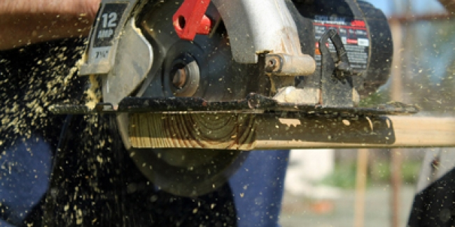 DIY and woodworking: the 5 essential tools