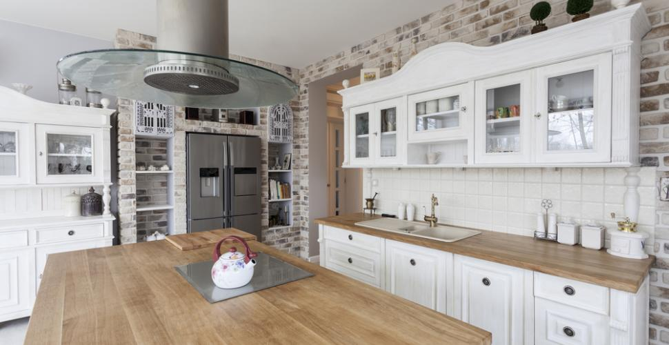 How to protect and maintain your solid wood worktop?
