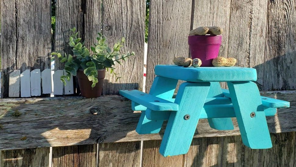 Austin Man Turns Wood Working Hobby Into Side Business