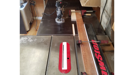 A simple way to rout miter slots